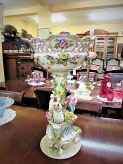 German porcelain centre piece