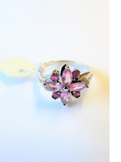 9ct gold,diamond & pink sapphire ring