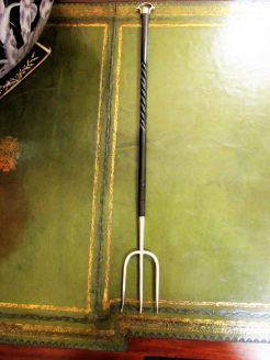 Ebony handle & ebony toasting fork