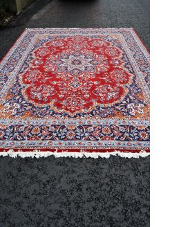 Large rug made in iran