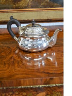 Irish silver tea pot