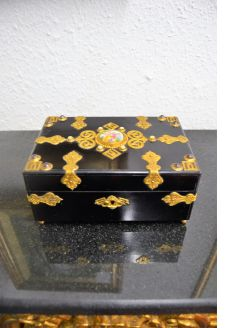 French lacquered box