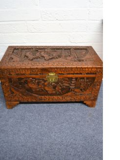 Chinese camphor wood chest / trunk