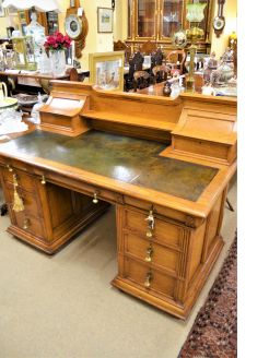 Oak leather top desk with leather