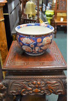 Japanese imari vase / jar
