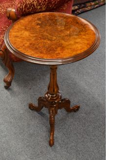 Victorian burr-walnut occasional table