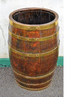 Oak & brass bound barrel