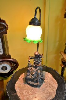 Modern vintage style lamp with shade