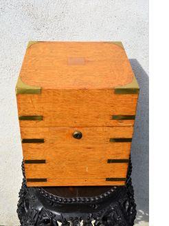 Victorian oak & brass handle & bound decanter box