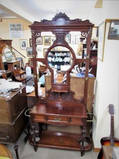Victorian mahogany hall stand with bevelled mirror