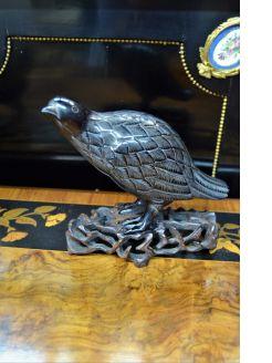 Antique chinese amber bird