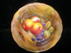 A royal worcester bowl