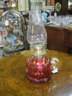 A ruby finger lamp