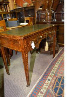Edwardian rosewood leather topped desk
