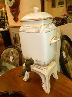1920s porcelain urn