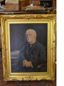 Edwardian gilt framed oil portrait