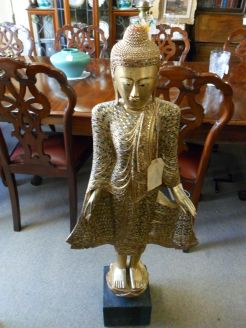 Asian wooden figure (modern)