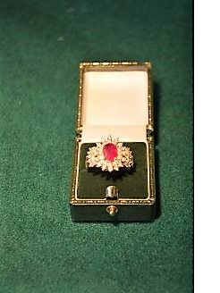 14ct gold ruby & diamond ring