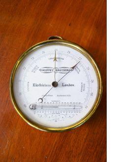 Ships barometer (brass)