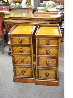Pair victorian mahogany pedestals