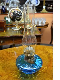 Victorian oil lamp / bowl