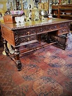 Victorian carved leather top desk