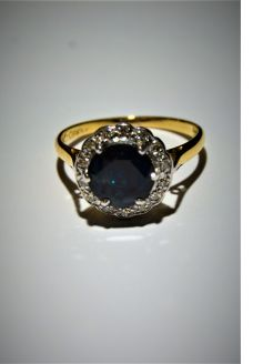 18ct gold & sapphire ring
