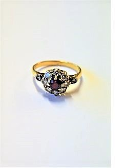 18ct gold ring
