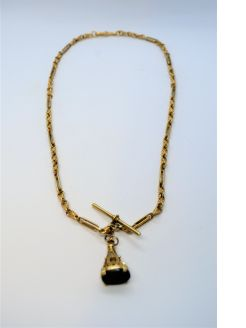 9ct gold chain & fob