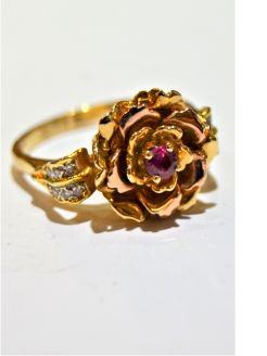 14ct gold & ruby ring