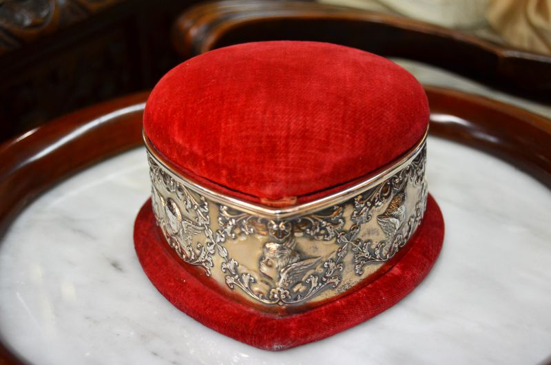 Victorian silver heart shaped pin cushion