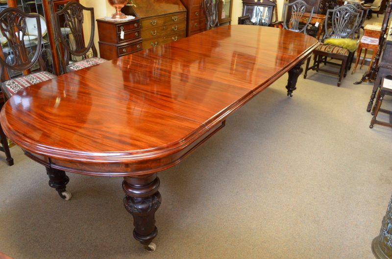 Victorian four leaf dining table
