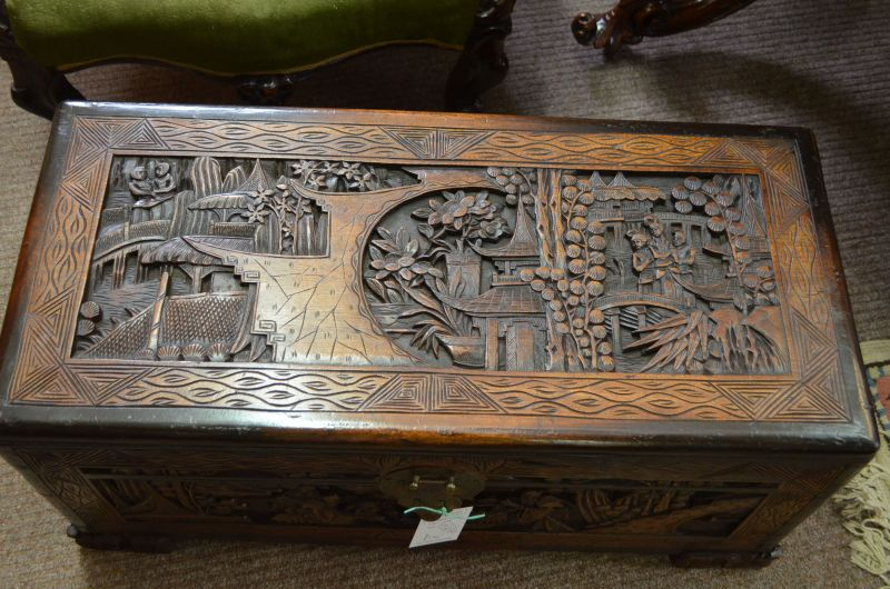 Chinese camphor wood chest trunk sku8190 for Wood in chinese