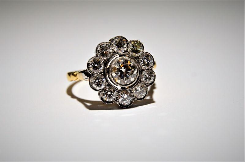 18ct gold ring & diamond ring